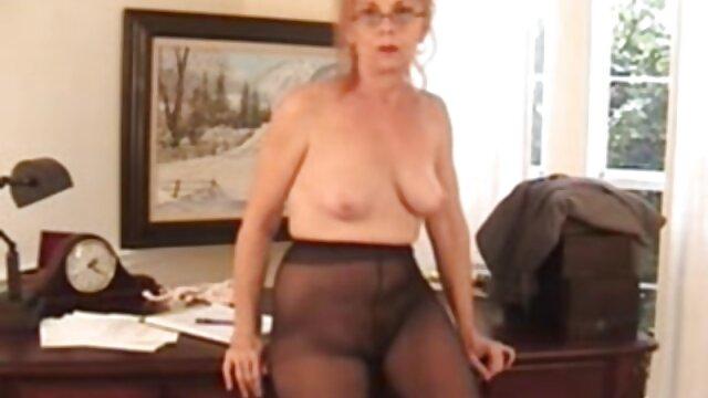 Janna madura rusa follada en la cama porno español latino gratis
