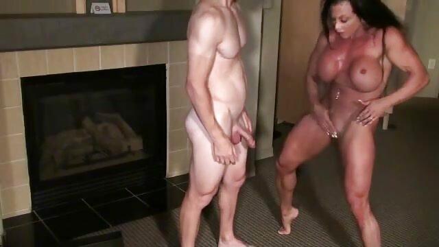 Busty videos xxx españolas maduras Asian ML se descuida con 3 mamadas de garganta profunda