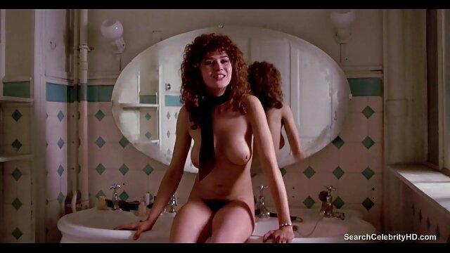 Esposa disfrutando de porno con español bbc a pelo