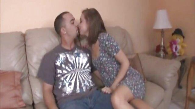Chico pequeño se folla a chica videos porno hentai en español grande!