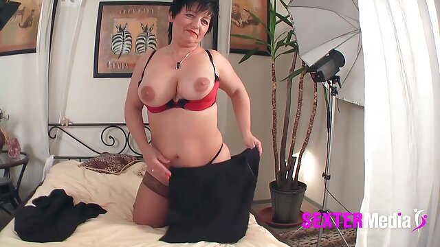 Ella chupa videos poeno en español como profesional