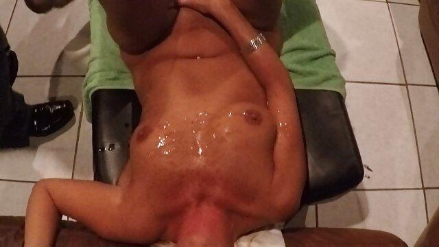 Pareja cuck hentai gratis español