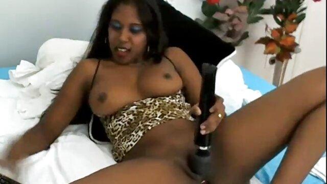 Ayuda a la esposa a correrse en el hentai xxx español juguete (mojado, contracciones) Satis 1