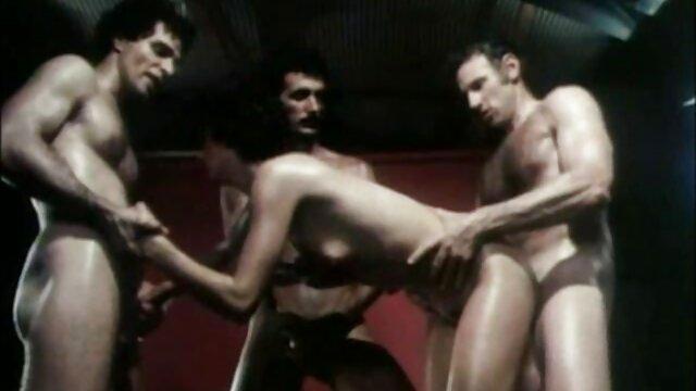 Lc descuidado garganta náuseas puta porno real español