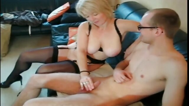 Una porno español juvenil paliza severa