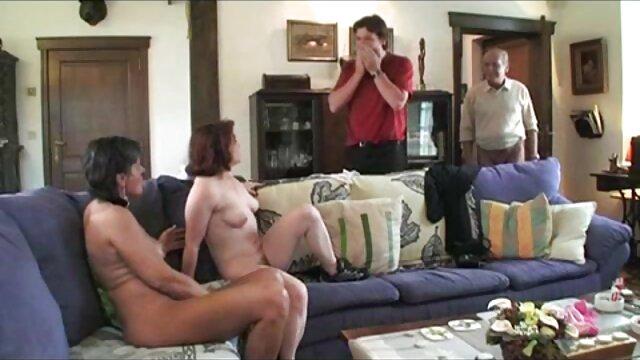 Loción corporal erótica 4K ASMR de MyKinkyDope videos xxx en castellano