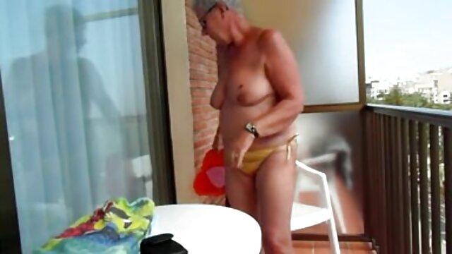 Mamá sexy ama porno de animes en español una gran polla negra