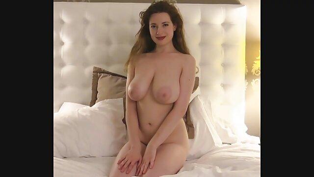 Tetas flexibles reina vanessa follada duro en ver videos porno en español medias negras