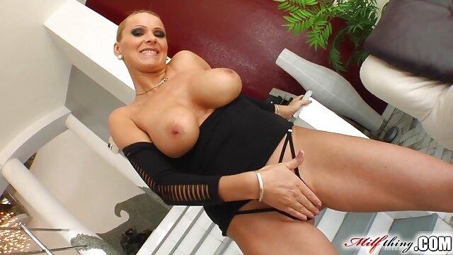 Raven Bay - A ella le gusta lo porno nuevo en español duro